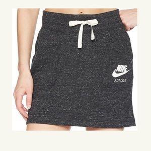 Nike sportswear vintage skirt nwt